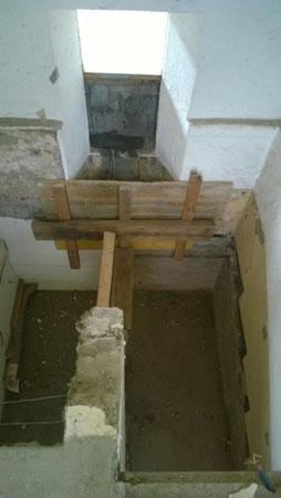 Vue du sous-sol - Réalisation d'un nouvel escalier en béton